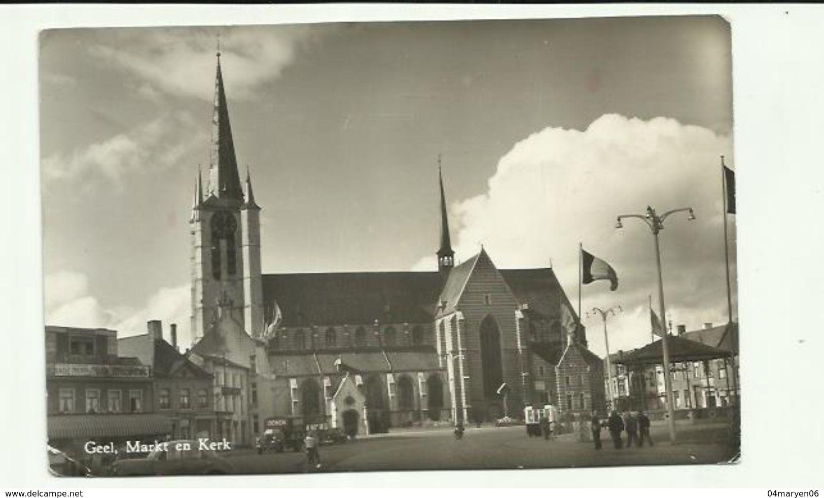 -  **  GEEL       ** -- Markt En  Kerk -- - Geel
