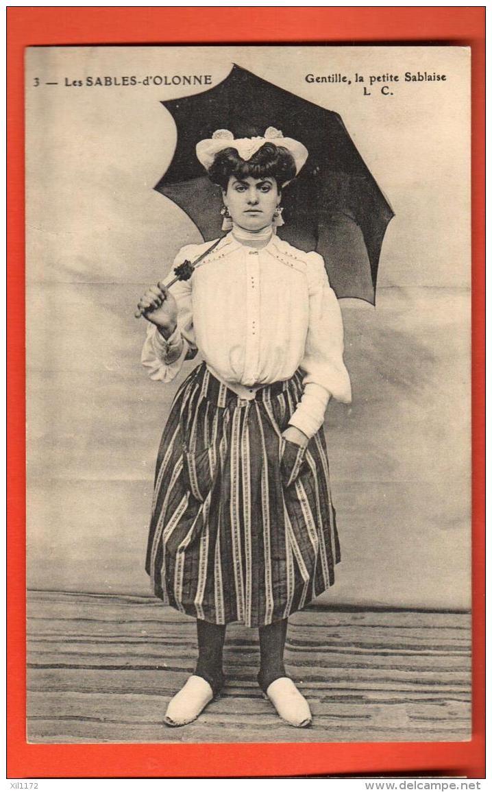 GAR-23 GEntille La Petite Sablaise,  Coiffe, Parapluie. Costume. Non Circulé - Sables D'Olonne