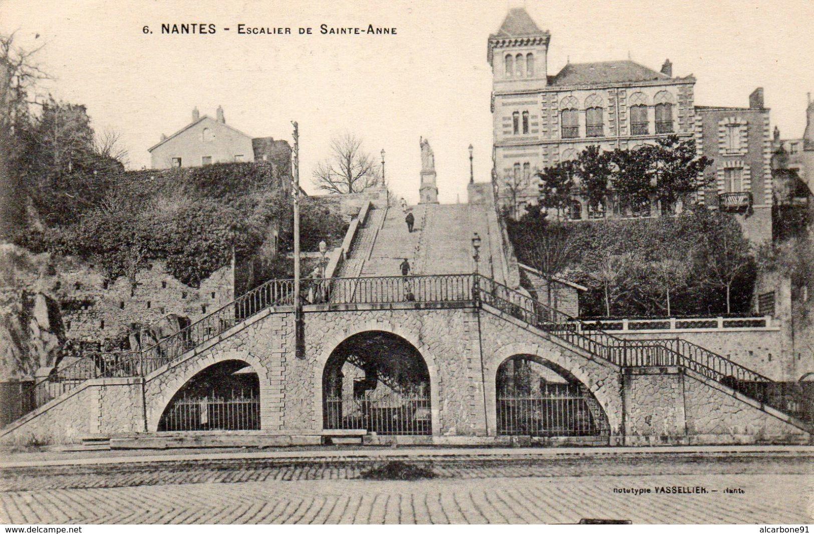 NANTES - Escalier De Sainte Anne - Nantes
