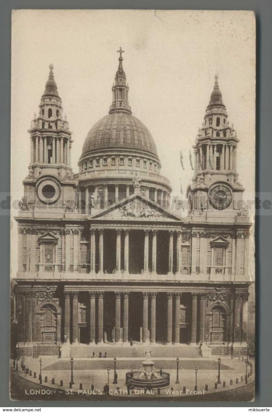 V2468 LONDON ST. PAULS CATHEDRAL WEST FRONT VG FP (m) - St. Paul's Cathedral