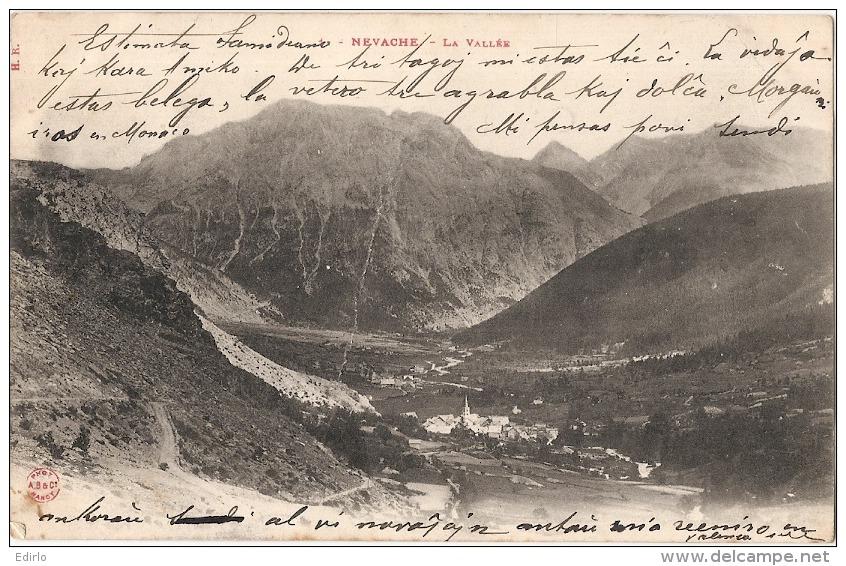 ***  05  ***  NEVACHE  La Vallée Timbrée TB Précurseur Un Peu Sale Dos - Francia