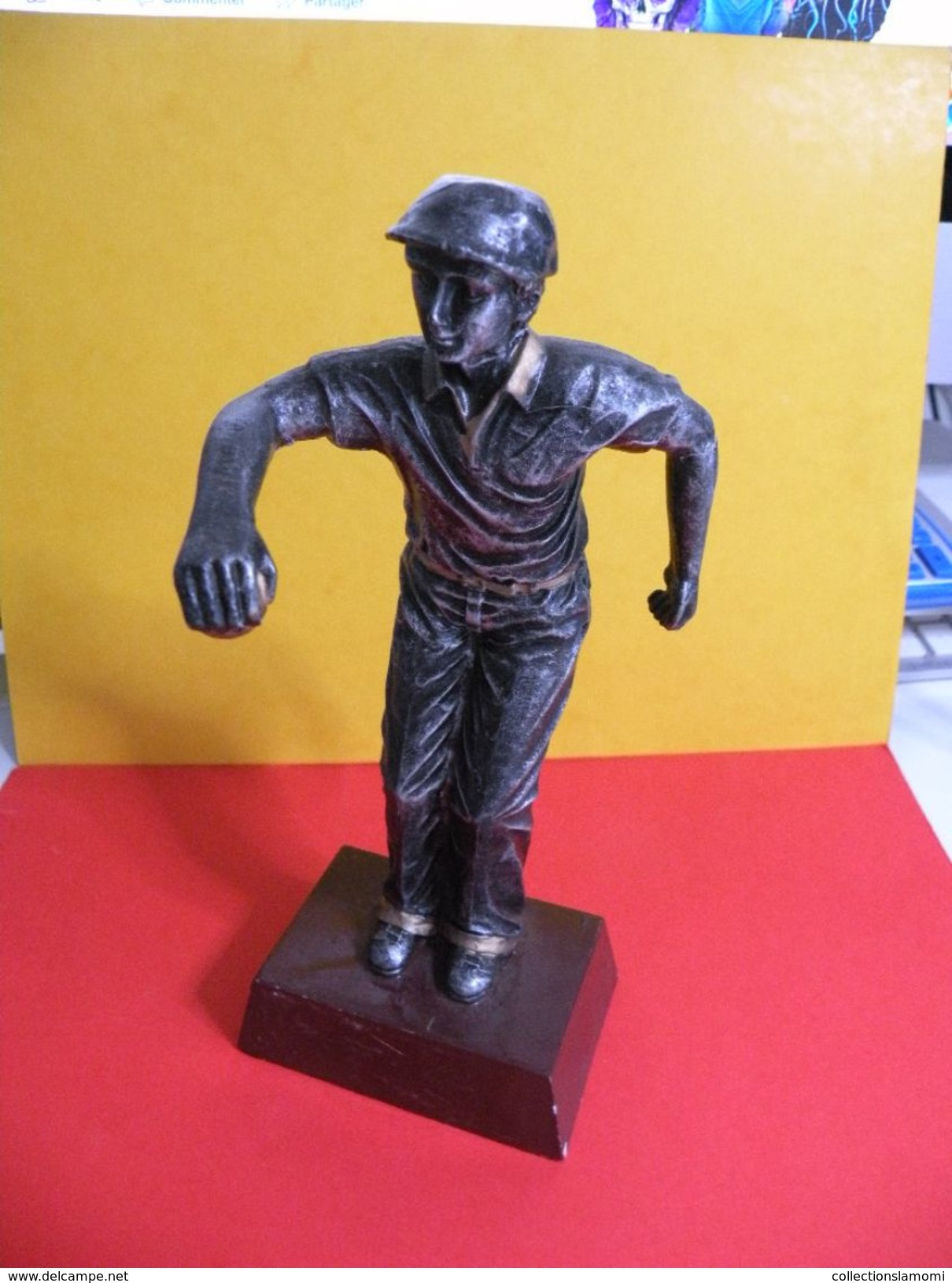 Trophée De Pétanque, Sculpture De 22 Cm Ht -Trophy Bowls, Sculpture 22 Cm Ht (restauré) - Bowls - Pétanque