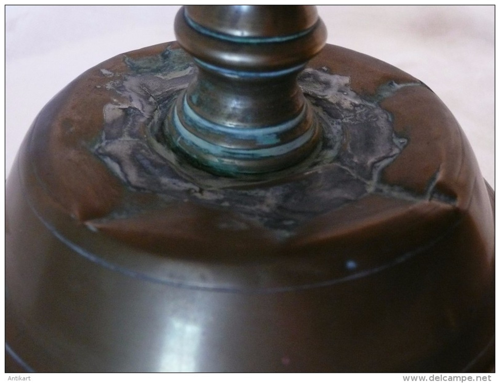 RARE HOLLANDE - Paire De Chandeliers De Bronze XVIIe S. - Bronzes