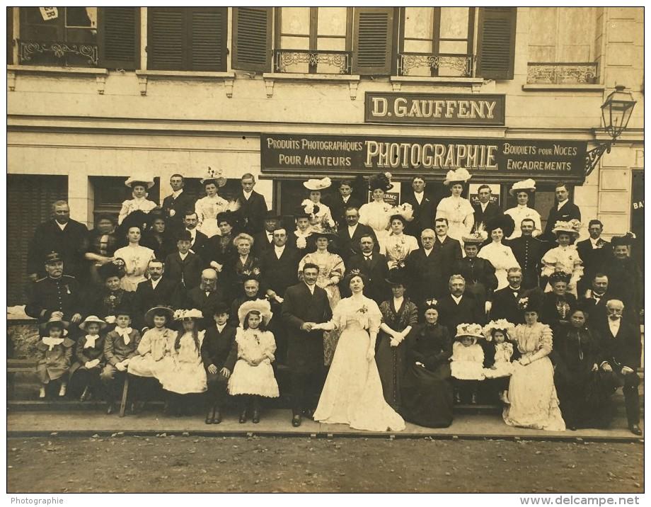Saint Andre De L'Eure Grande Photo De Mariage Enseigne Du Photographe Gauffeny Vers 1910? - Places