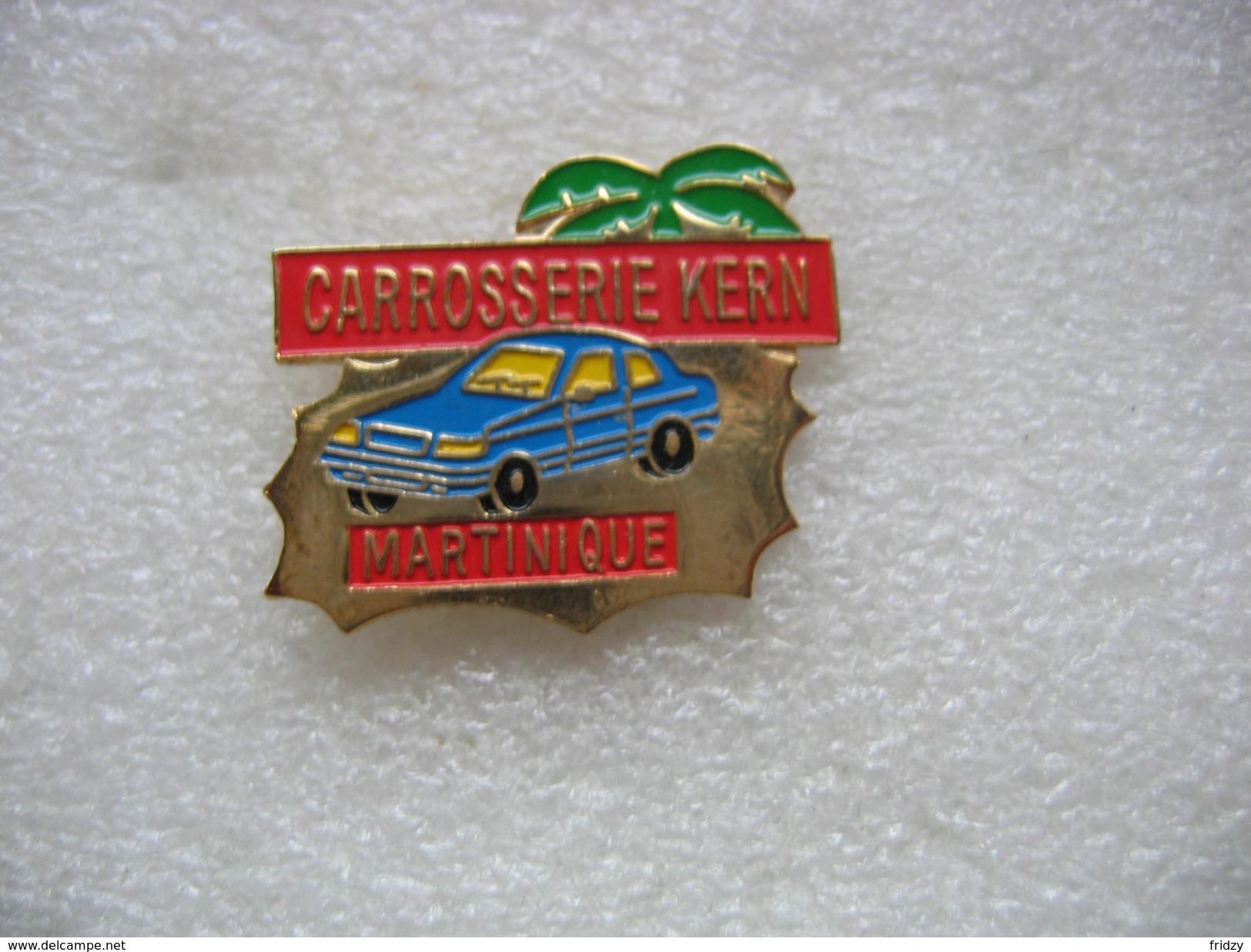 Pin's De La Carrosserie KERN En MARTINIQUE. Garage Automobile - Badges