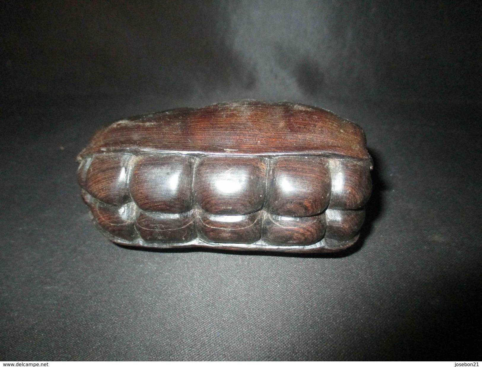 Ancien Fruit En ébène Sculpté Fève De Cacao Souvenir Afrique Début Milieu XX ème - Art Africain