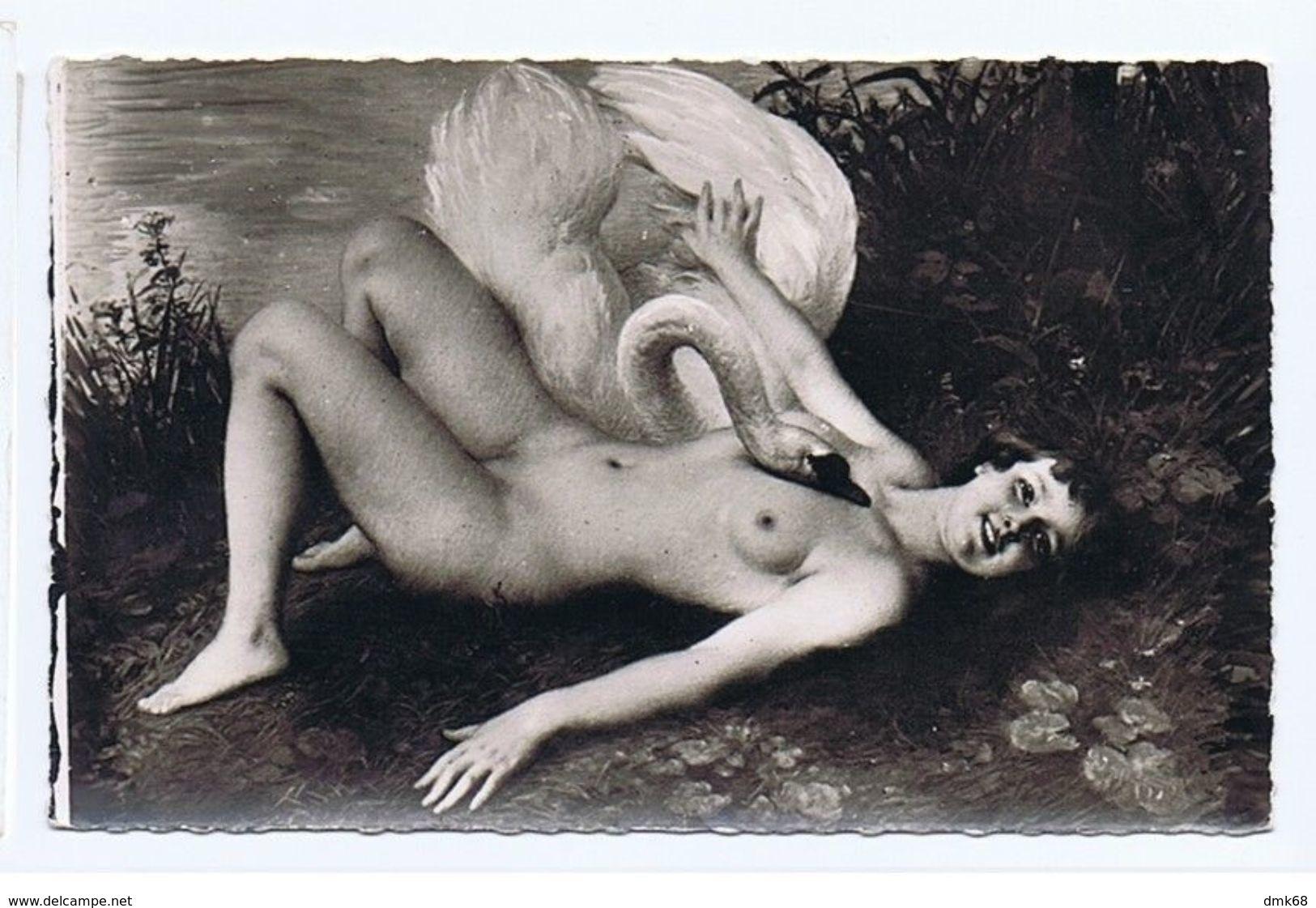 SALON DE PARIS - J. SCALBERT - LEDA - NU / NAKED WOMAN - RPPC 1940s (32) - Peintures & Tableaux