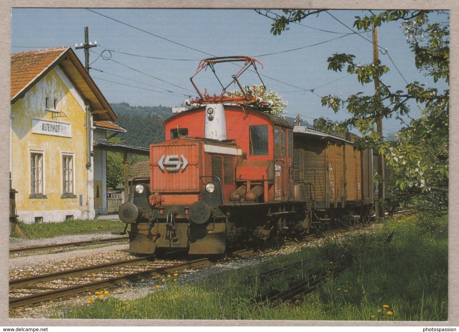 Zweikraft-Streckenlokomotive E 20 008 Der Lokalbahn Laubach - Haag Am 6.5.1986 Im Altenhof Am Hausruck - Railway - Trains