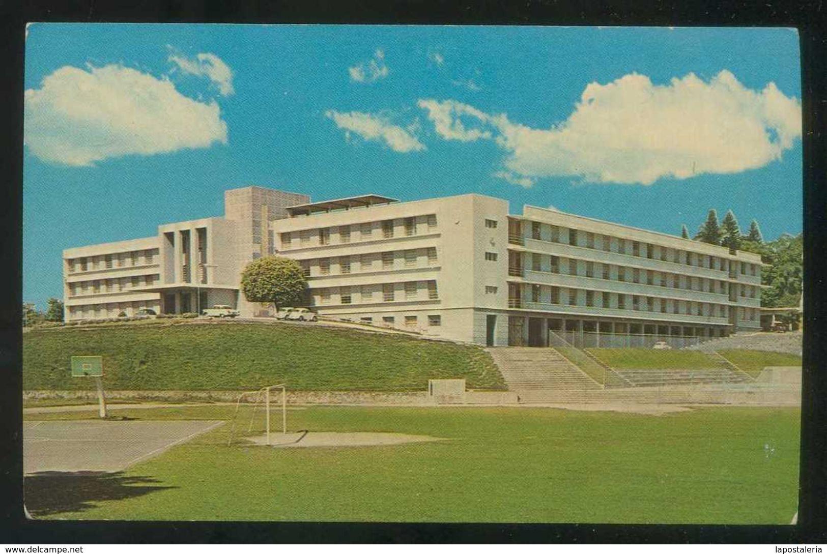 El Salvador. San Salvador. *Colegio Externado San José* Nueva. - El Salvador