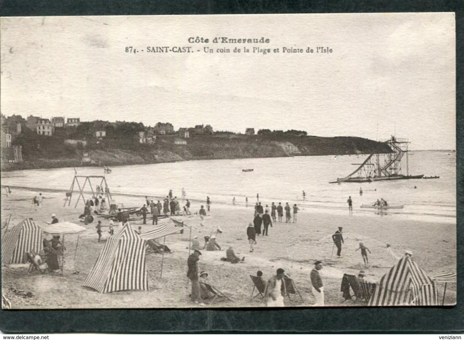 CPA - SAINT CAST - Un Coin De La Plage Et Pointe De L'Isle, Animé - Saint-Cast-le-Guildo