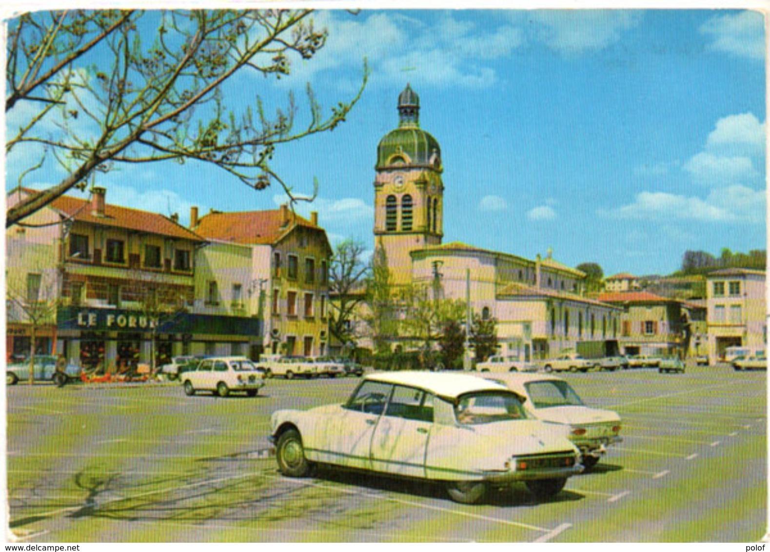 LE PEAGE DE ROUSSILLON  - Autos (DS)   ..  (102198) - Autres Communes