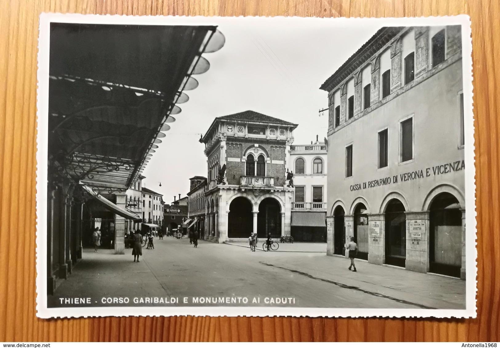 THIENE - Corso Garibaldi E Monumento Ai Caduti - Formato Grande B/N - Non Viaggiata - Italia