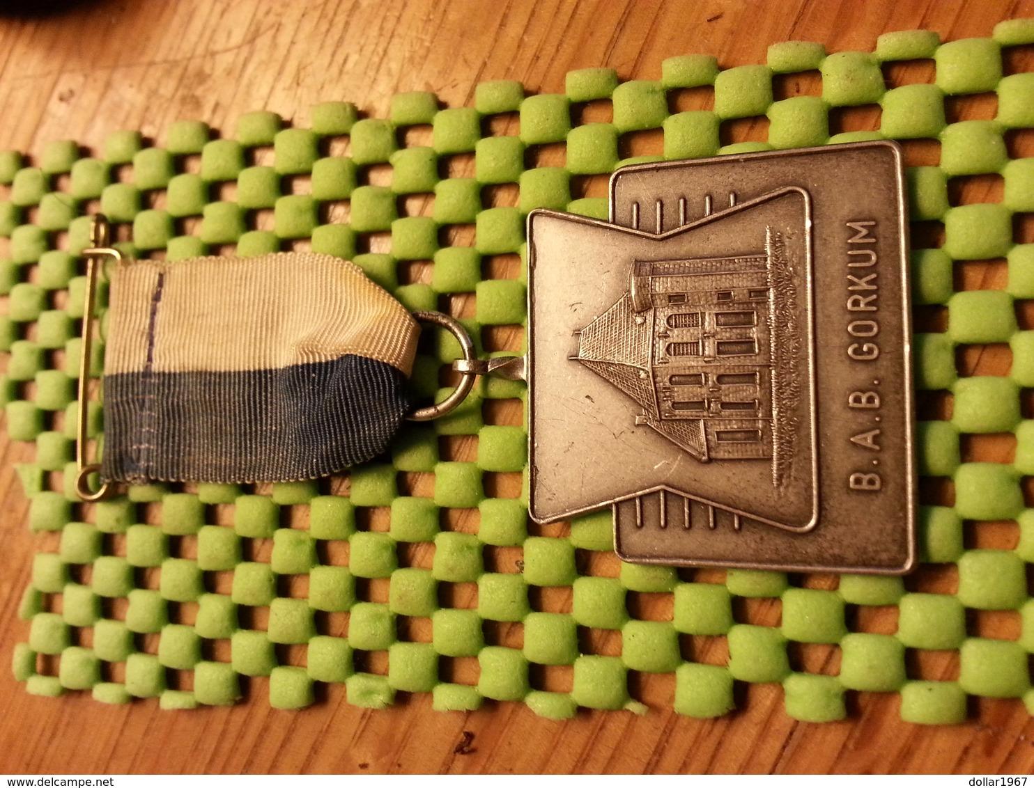 Medaille  / Medal - B.A.B Gorkum Scheepvaart.   / Walking  / Marche Pour L'Association   - The Netherlands - Pays-Bas