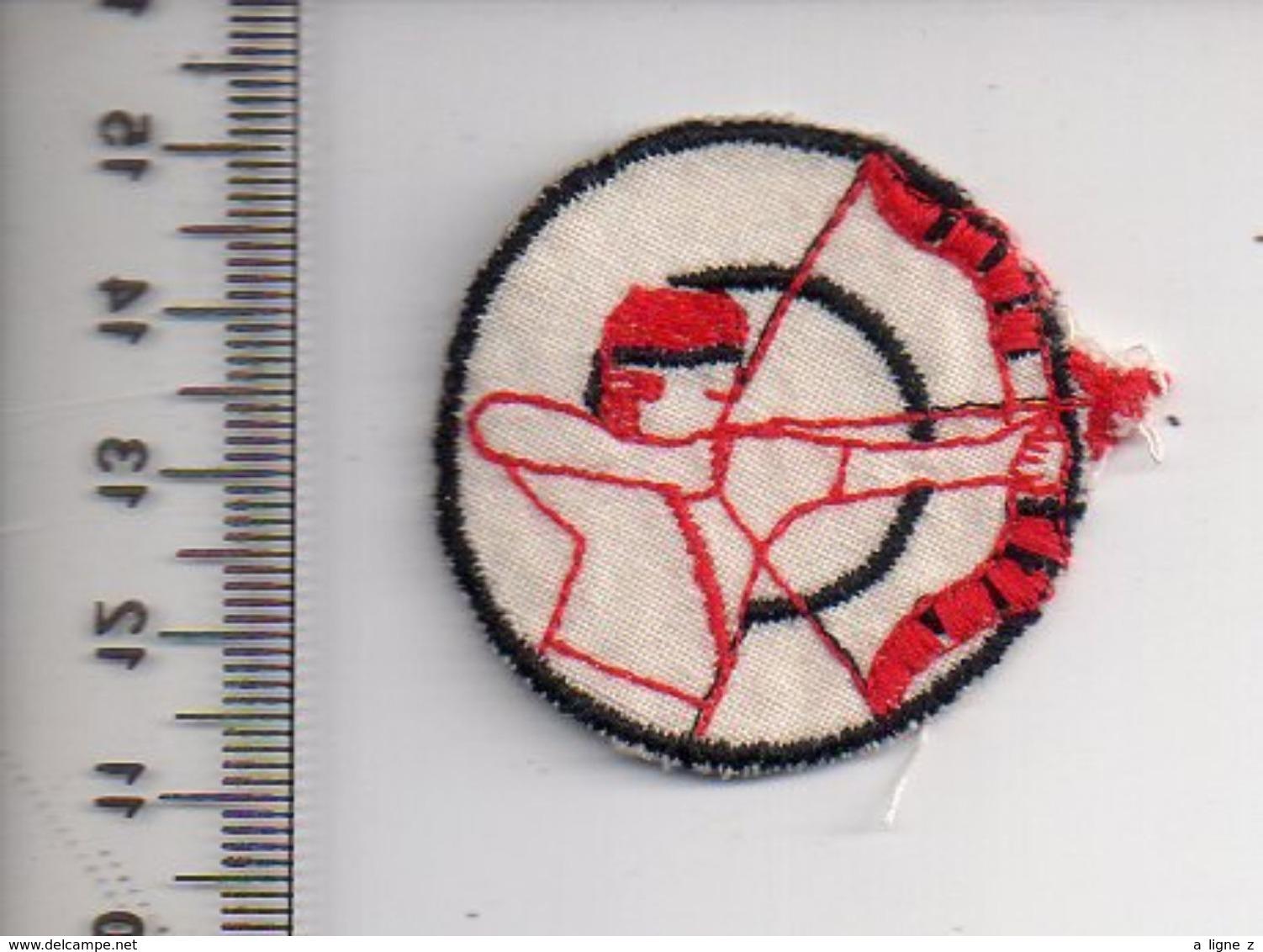 REF 10 : Écusson Patch Thème TIR A L'ARC Archerie Archer - Tiro Con L'Arco