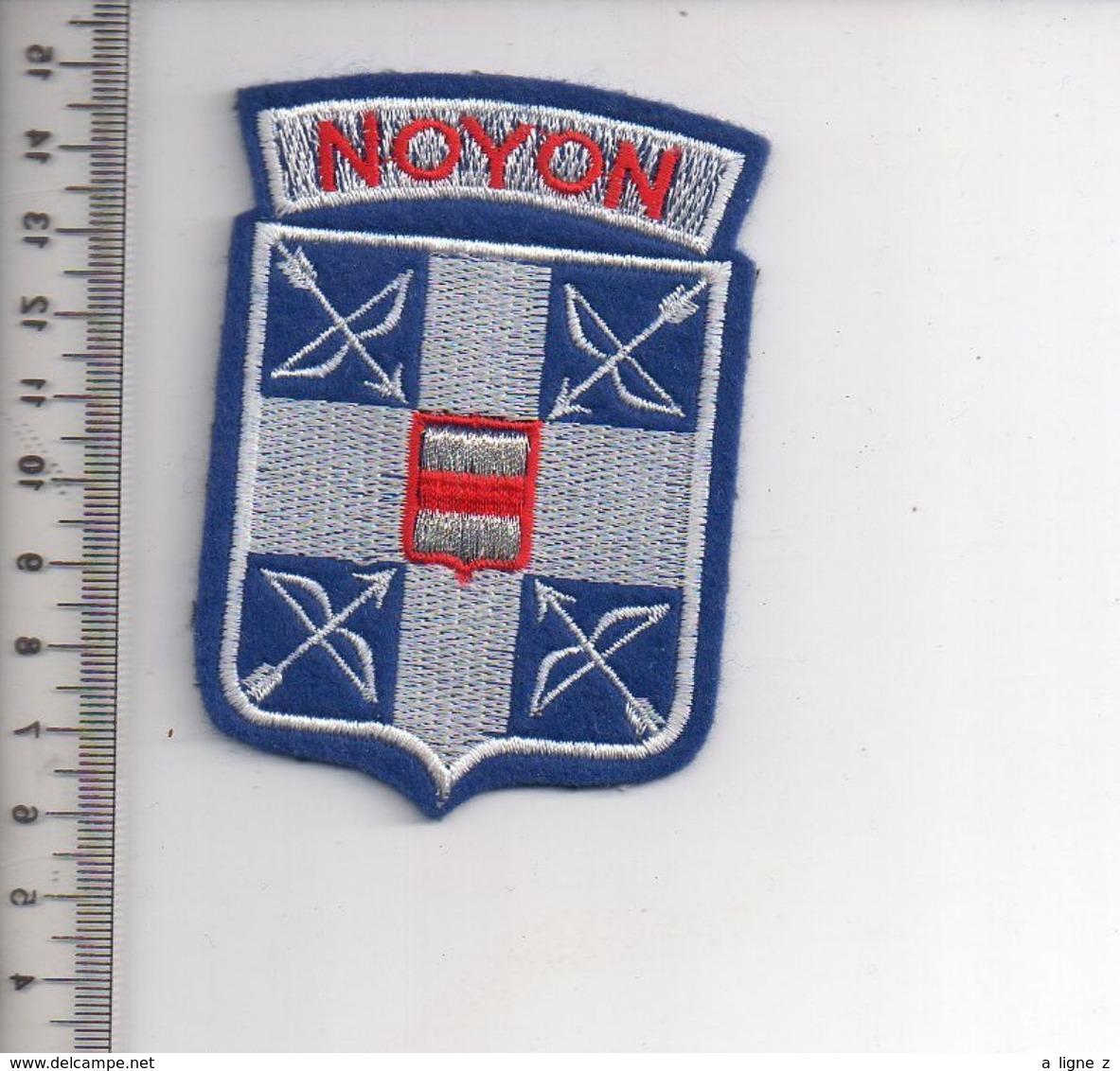 REF 10 : Écusson Patch Thème TIR A L'ARC Archerie Archer Arc Club NOYON - Tiro Con L'Arco