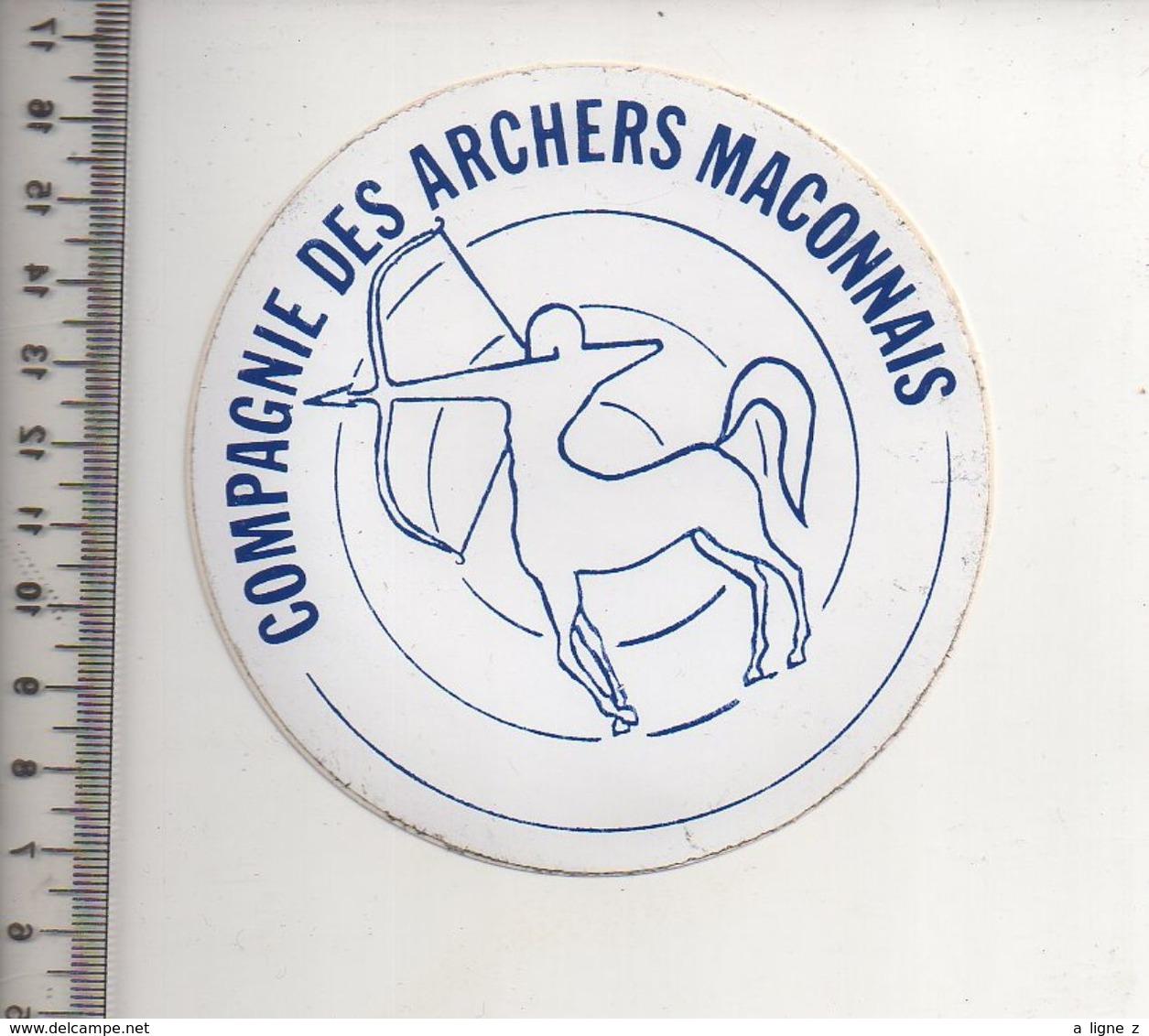 REF 10 : Autocollant Sticker Thème TIR A L'ARC Archerie Archer Compagnie Club Macon Maconnais - Tiro Con L'Arco