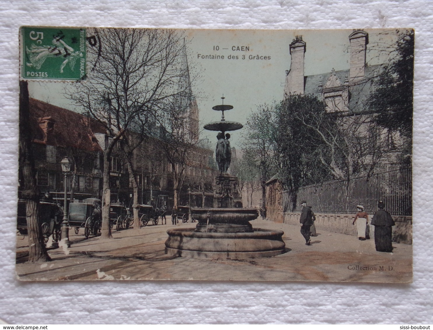 CAEN - Fontaine Des 3 Grâces - Calèches - CPA - CP - Carte Postale - Caen