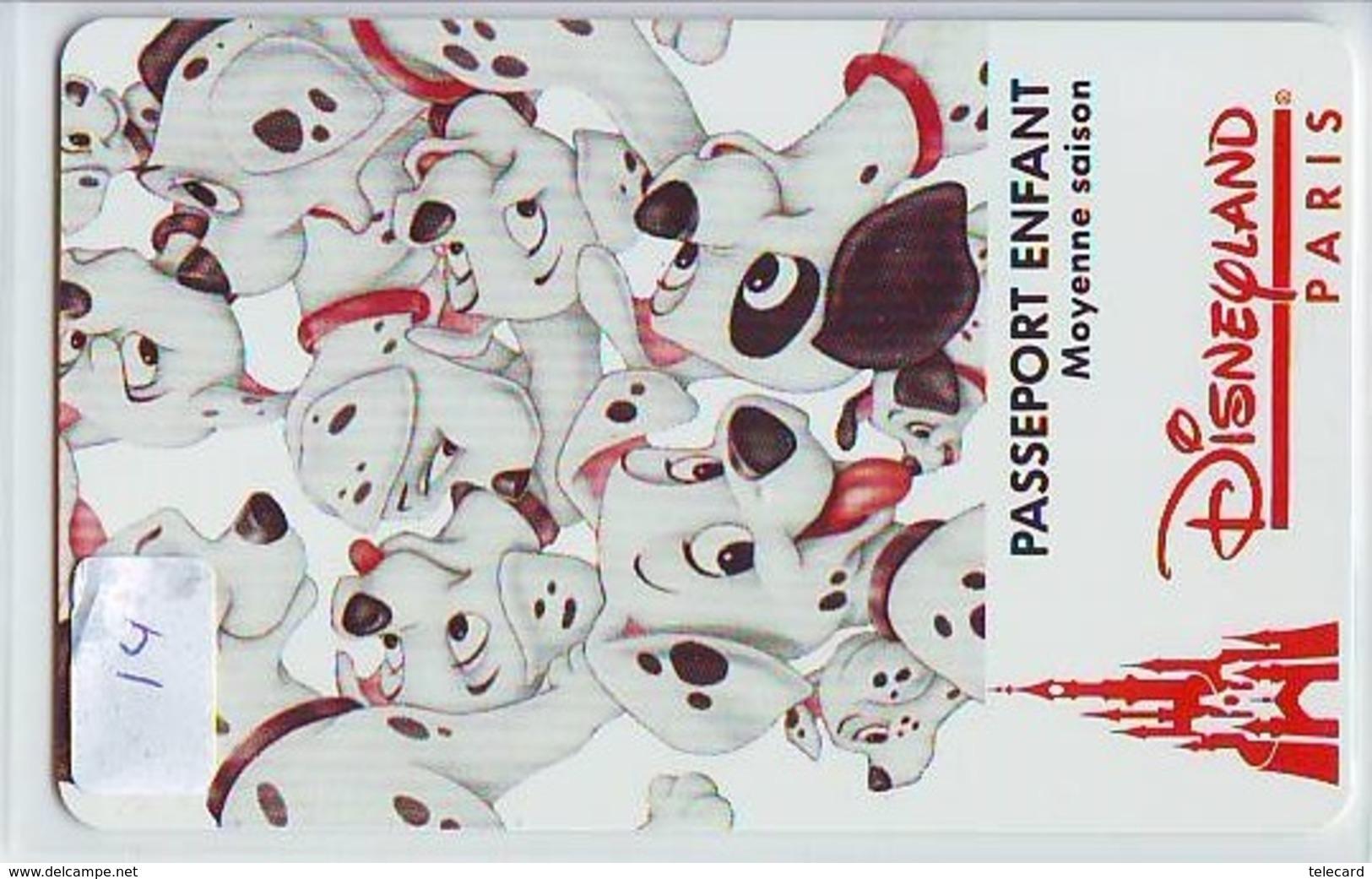 Disney PASSE-PARTOUT * Passeport Entreecard FRANCE * PARIS DISNEYLAND ENFANT (14) PASSPORT * PASS * DALMATIANS - Disney