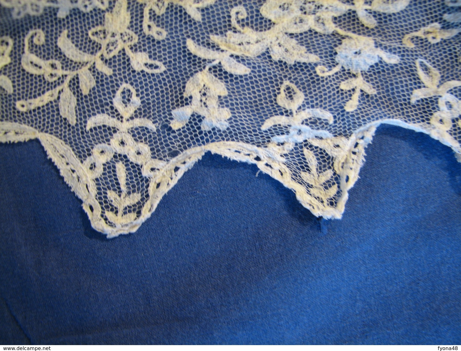 168 - Mantille Blanche - Scarves