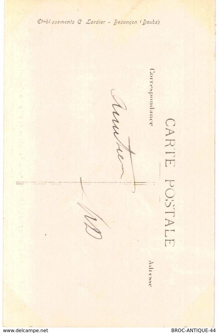 CPA N°19438 - LOT DE 2 CARTES DE MONTBELIARD - LE PALAIS DE JUSTICE + INTERIEUR DE L' EGLISE - Montbéliard