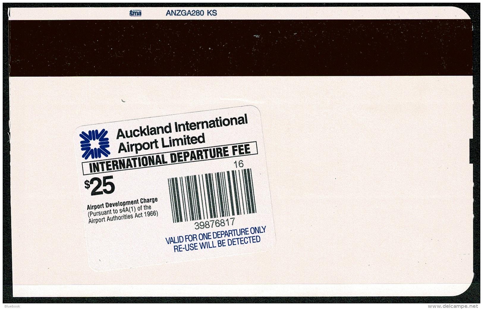 RB 1193 - 2006 Air New Zealand Boarding Pass Raratonga Cook Islands $25 Departure Stamp - Boarding Passes