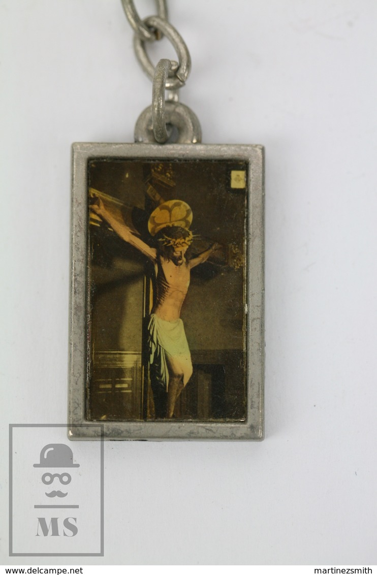 Vintage Religious Souvenir Keyring - Pope John Paul II - Jesus Christ On The Cross - Llaveros