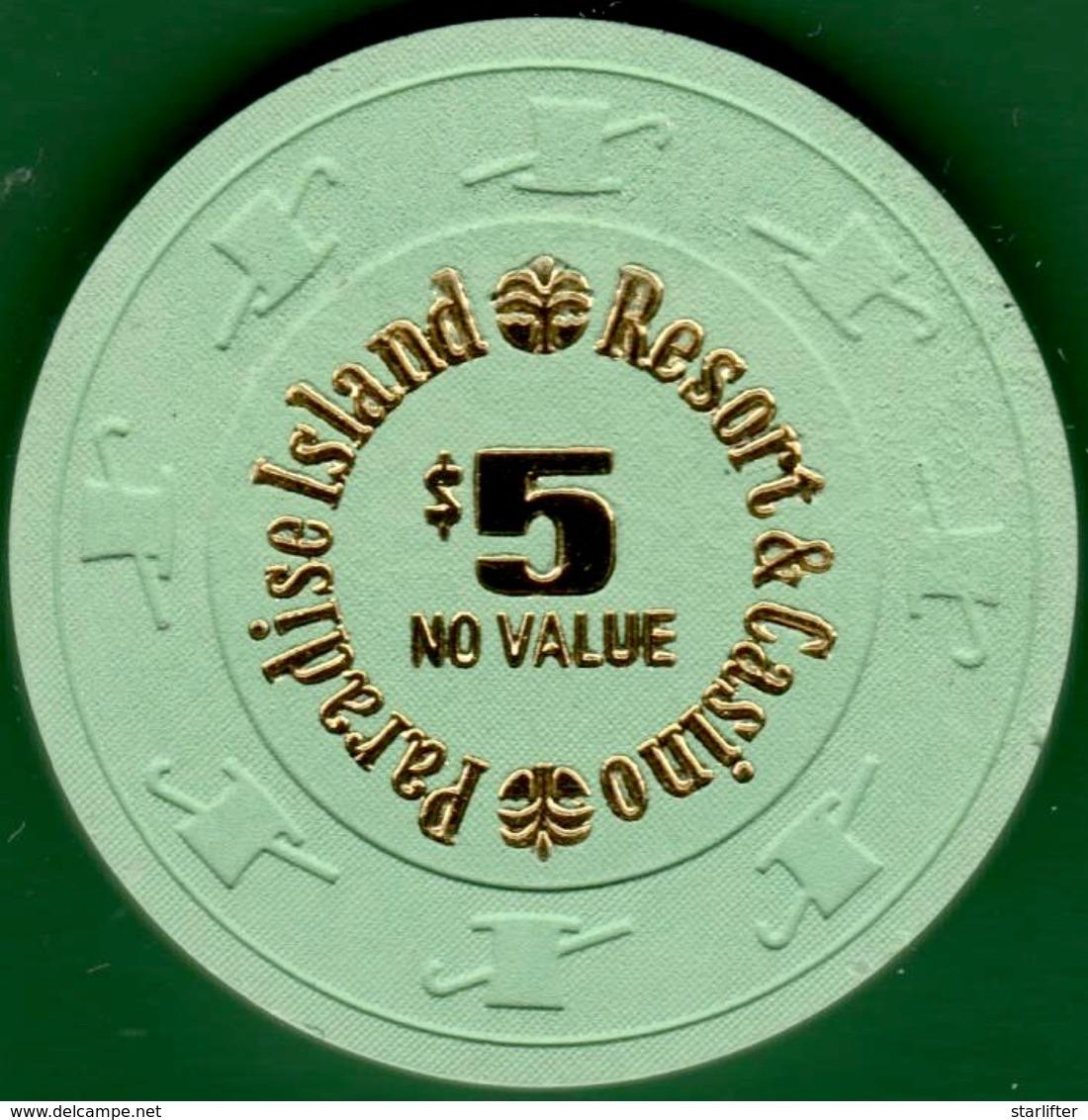 $5 Casino Chip. Paradise Island, Bahamas. L32. - Casino