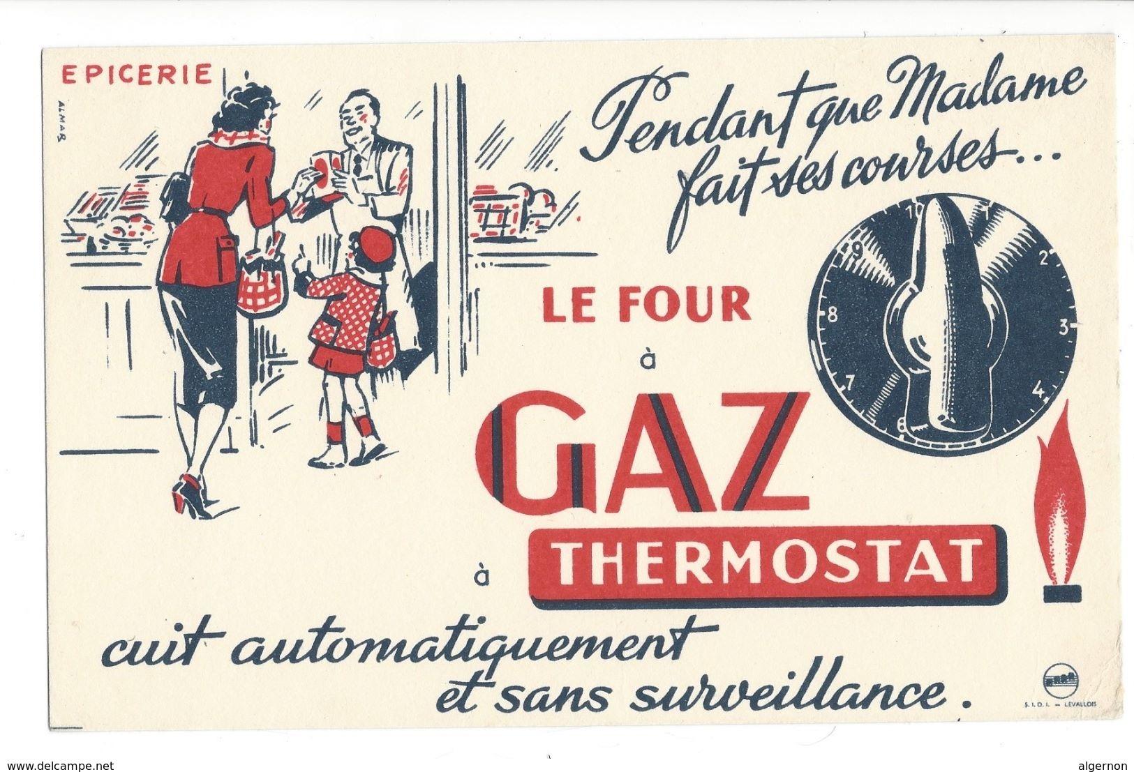 B1 - Epicerie Pendant Que Madame Fait Ses Courses Le Four à Gaz Thermostat Cuit - Electricité & Gaz