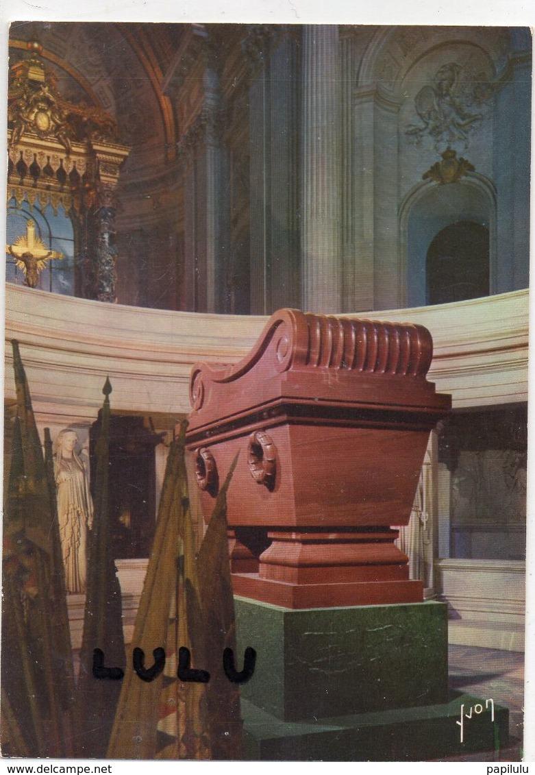 DEPT 75 : Paris 07 : édit. Yvon : Tombeau De Napoléon 1er Dans La Crypte De L Hotel Des Invalides - Paris (07)