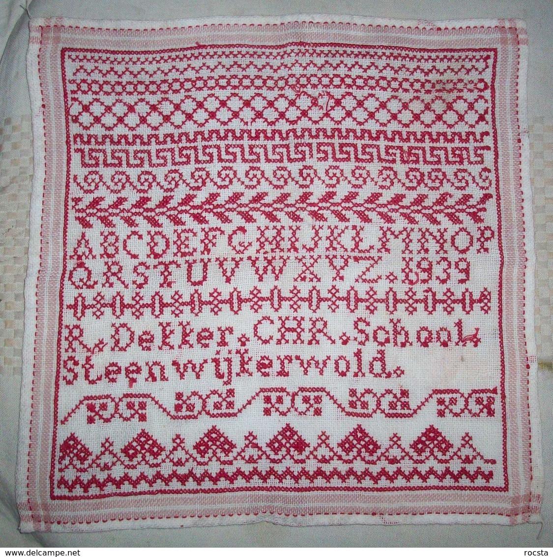 Antique Needlework Napkin R.Dekker CHR School Steenwijkerwold (1939 Dated) - Andere Verzamelingen