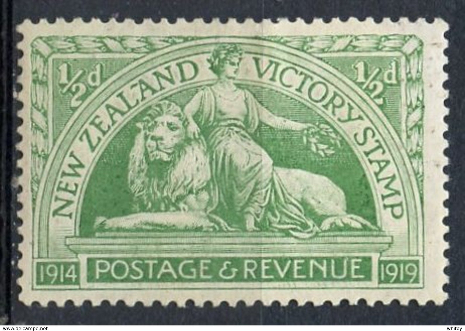 New Zealand 1920 1/2p Victory Stamp Issue #165  MH - Unused Stamps