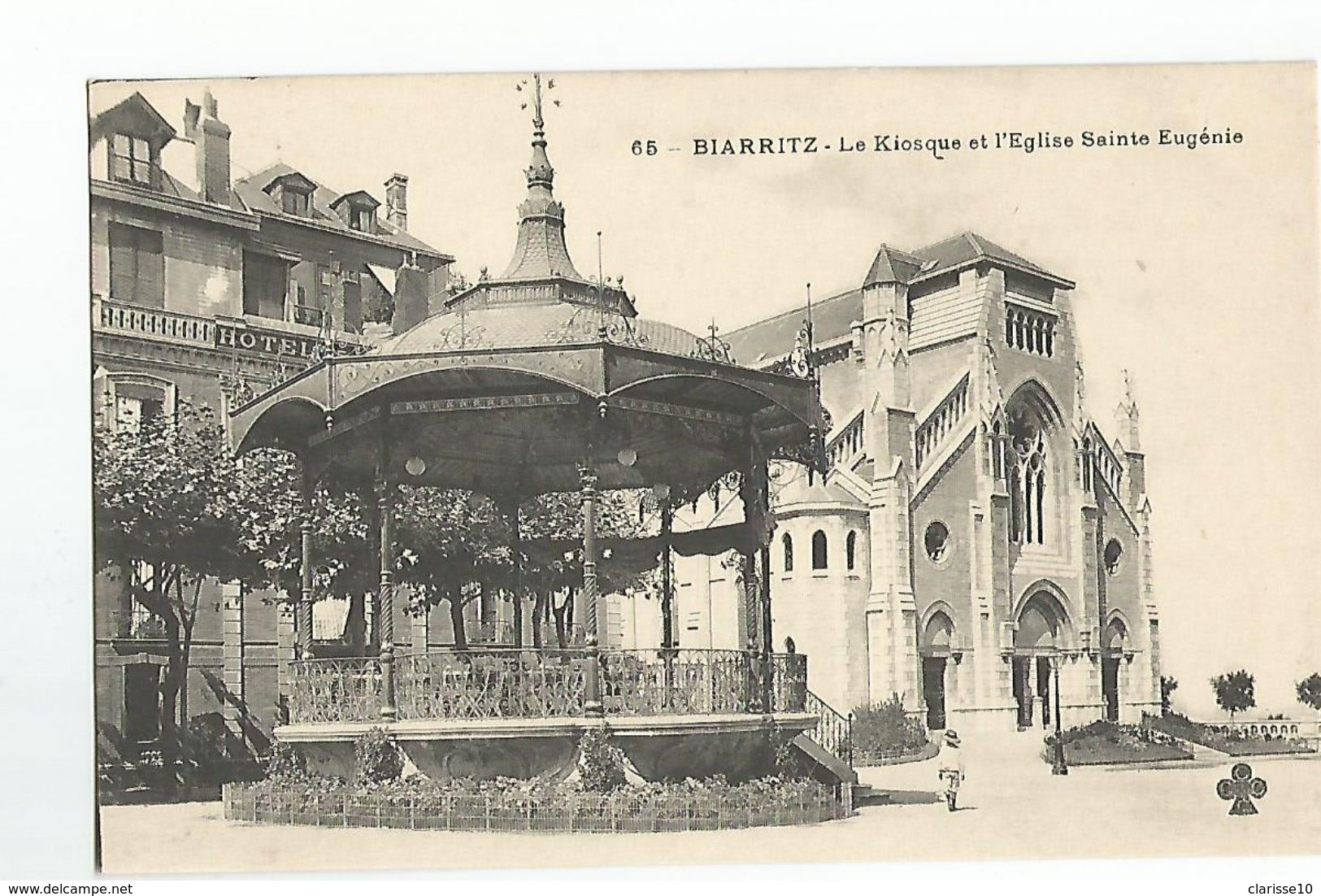 64 Biarritz Le Kiosque Et L'Eglise Sainte Eugenie - Biarritz