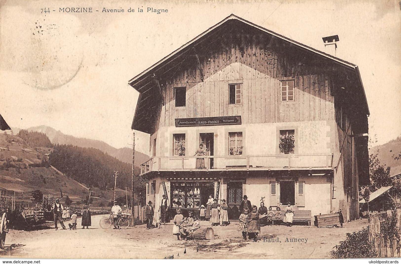 CPA 74 -  HAUTE SAVOIE - MORZINE - Avenue De La Plage - Morzine