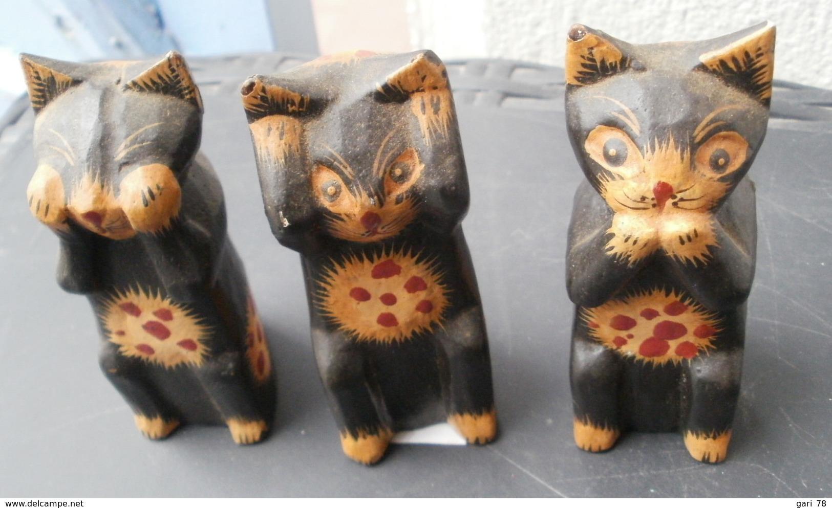 Les 3 CHATS De La SAGESSE (en Bois) Hauteur 8.5 Cm - Katten