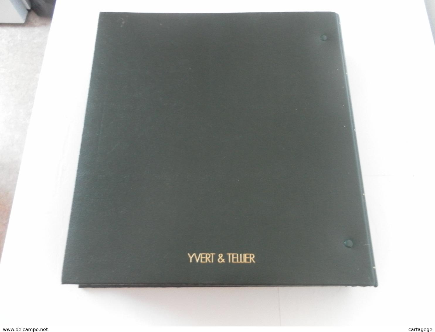 CLASSEUR YVERT ET TELLIER VERT A BANDE NOIRES 7 Bandes - Grand Format, Fond Noir