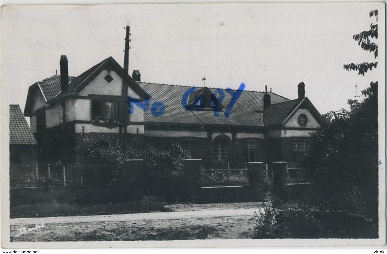 Broekom :  Gemeentehuis En School  (  Geschreven Met Zegel ) - België