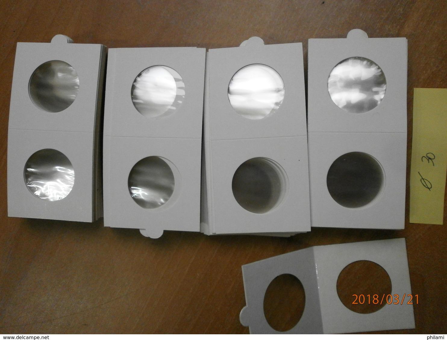 4 X 25 CARTONS A AGRAFER 30 Mm. 4 X 25 MUNTHOUDERS TE NIETEN,  HARTBERGER. - Materiale