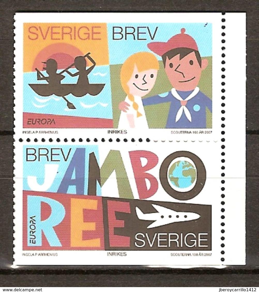 """SUECIA / SWEDEN/ SCHWEDEN/ SUÈDE- EUROPA  2007-"""" A CENTENARY SCOUT -EUROPA-CEPT""""- SERIE VERTICAL De 2 V. (B) - 2007"""