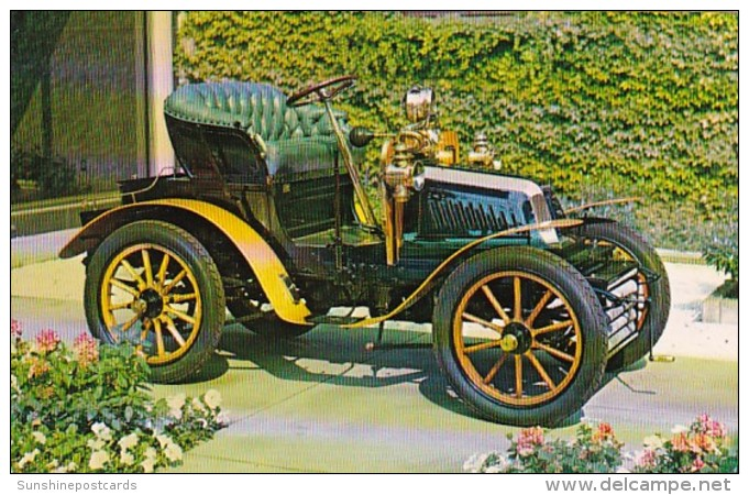 Vintage Auto 1902 Prunel 2 Cylinder Runabout
