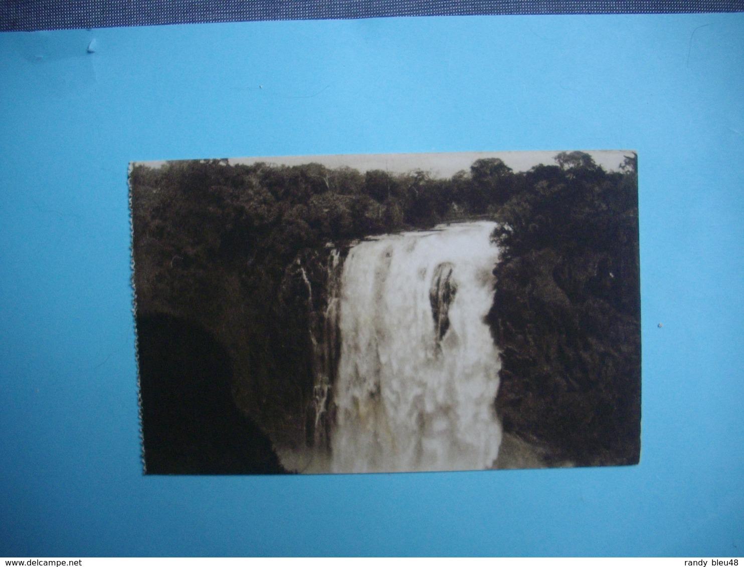 ZIMBABWE  -  Victoria Falls  -   The Devil's Cataract    -  Chutes Victoria  - Fleuve Zambèze  - - Simbabwe
