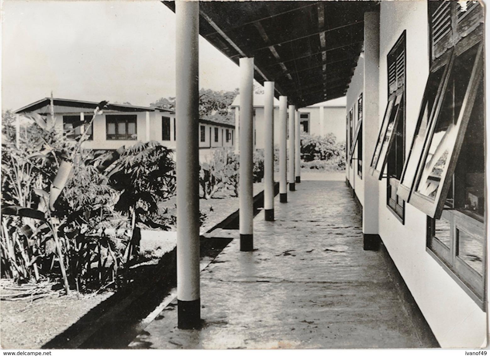 CAMEROUN - DOUME - College De La Salle - CPSM - Cameroun