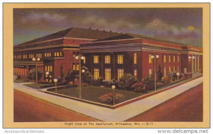 Wisconsin Milwaukee Night View Of The Auditorium Dexter Press