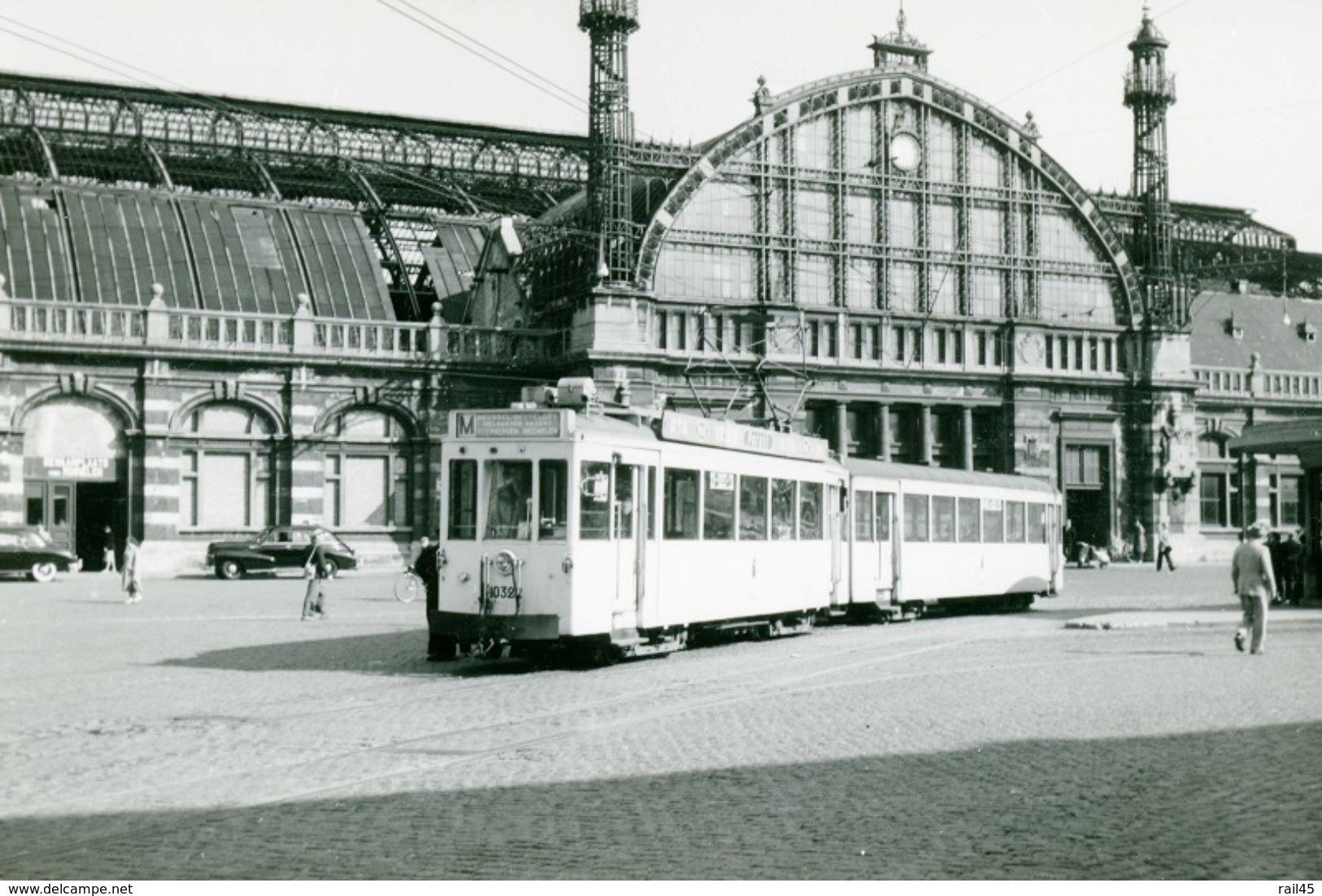 Mechelen (Station). SNCV-Brabant. Cliché Jacques Bazin. 01-05-1953 - Trains