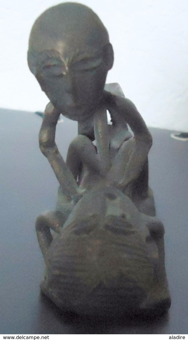 Bronze, Cire Perdue - Afrique De L'Ouest, Duo érotique, Oeuvre Unique - Poids Emballé 400 G. - 9 Cm X 7 Cm - Art Africain