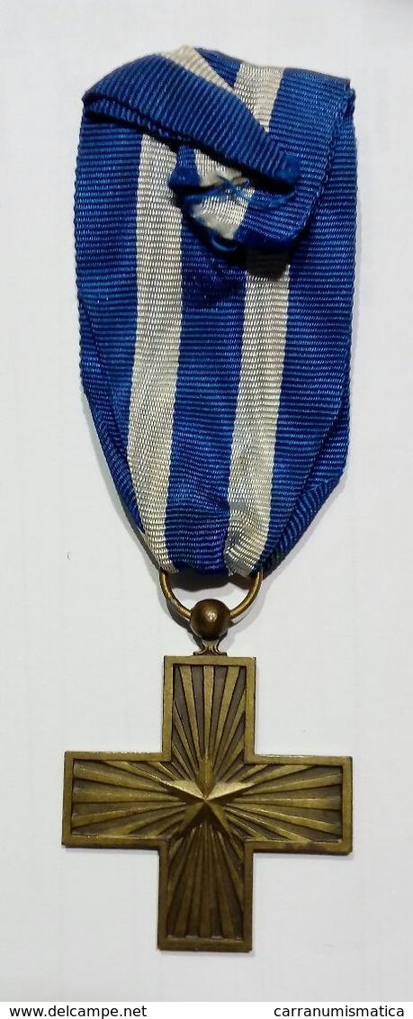 CROCE Al MERITO Di GUERRA (Vittorio Emanuele III) - Si Veda La Descrizione - Croix / Cross - Italia
