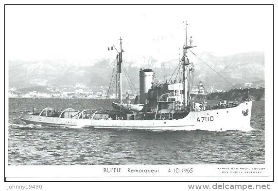 """CP PHOTO: """" BUFFLE """" - REMORQUEUR  A 700 -  4-10-1965   ( Animées -   BATEAU DE GUERRE   ) - Guerre"""