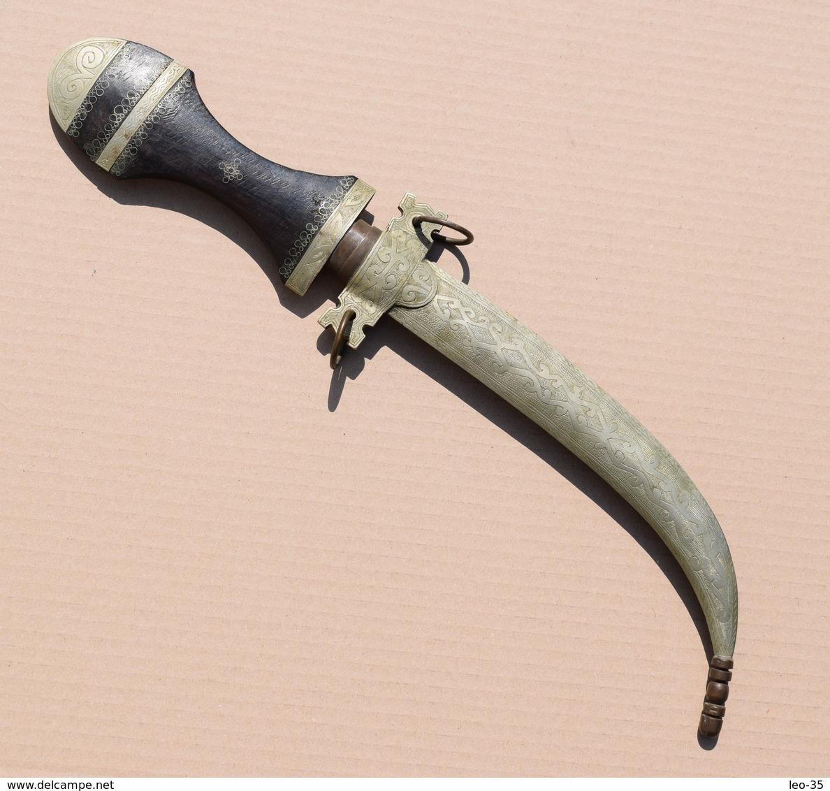Poignard Marocain Couteau Fourreau En Métal Ciselé - 40 Cm - Knives/Swords