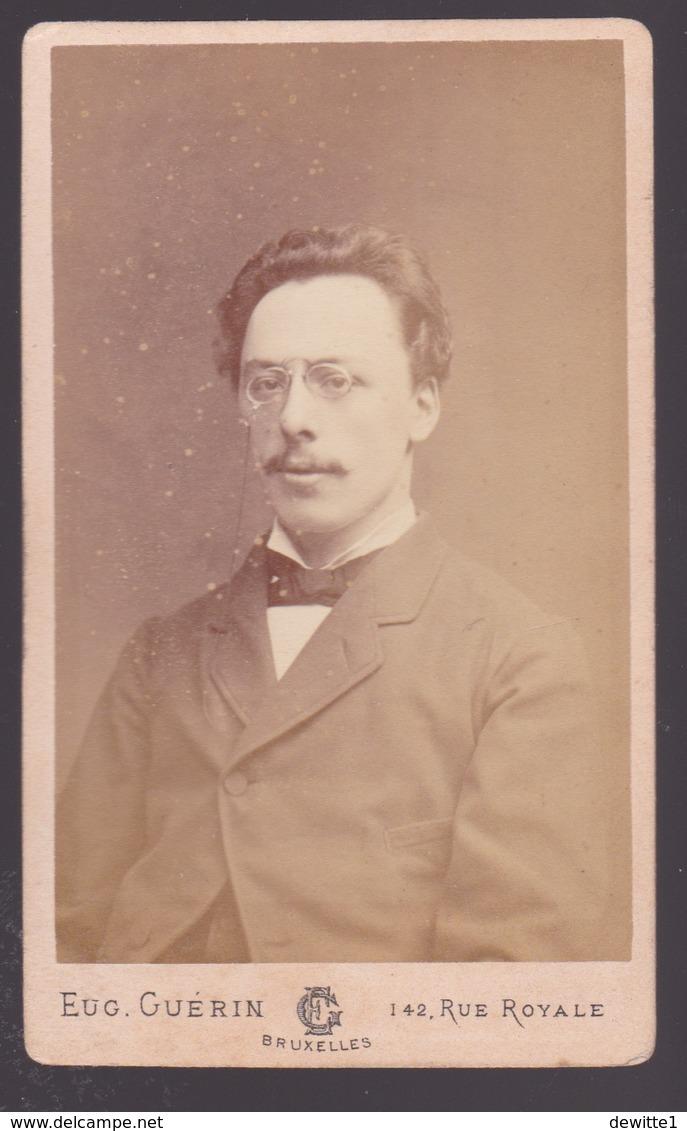 Photografie CDV   Homme  1882   Photographe Eug.Guerin.     Voir Scans - Personnes Anonymes