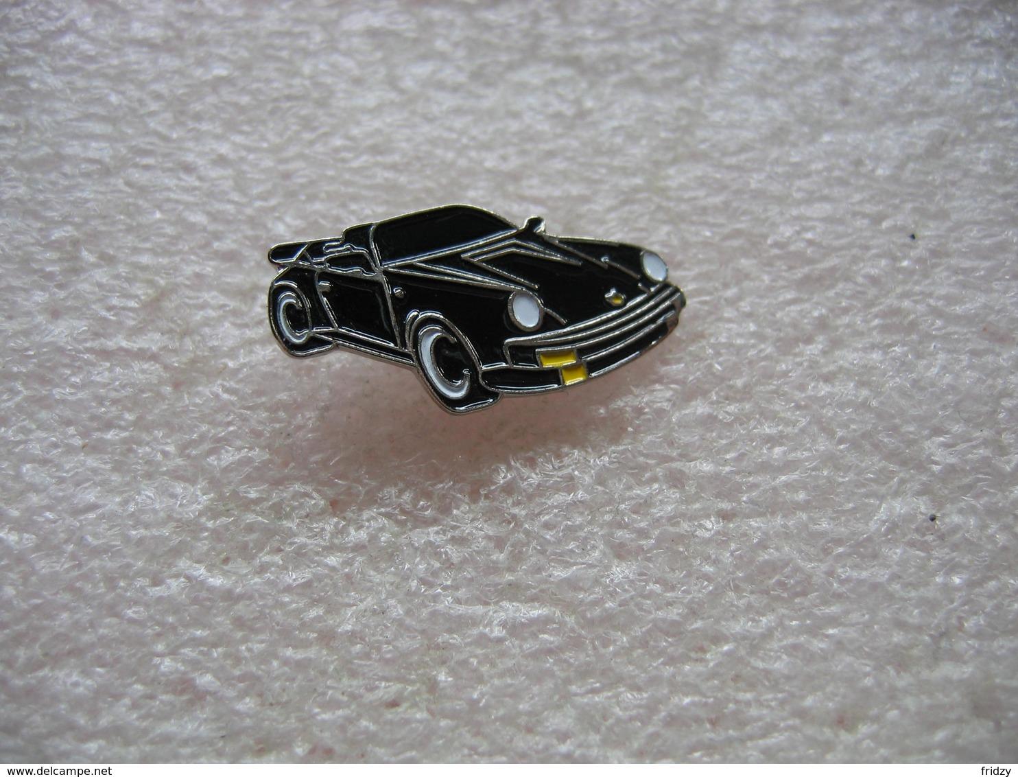 Pin's Porsche Décapotable De Couleur Noire - Porsche