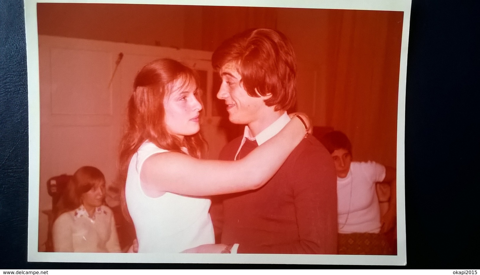 PAYS ARABE À DÉTERMINER AVEC PHOTO LION , BOUM DES ADOLESCENTS ANNÉES 1970 + MÉLI MELO DE PHOTOS EN NOIR - BLANC LOT 120 - Albums & Collections